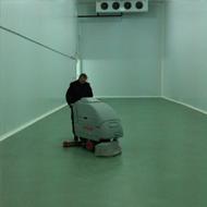 Limpieza y tratamiento de suelos con maquina de pulido en madrid