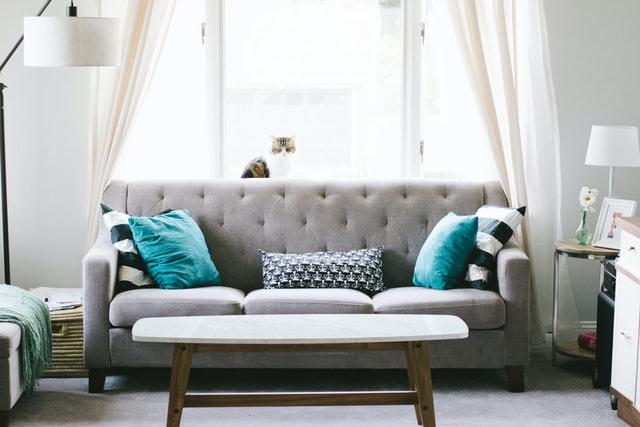 hogar-sofa-limpieza-covid-19