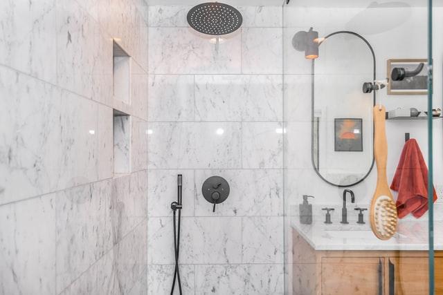 bañera-plato-ducha-limpieza-baño